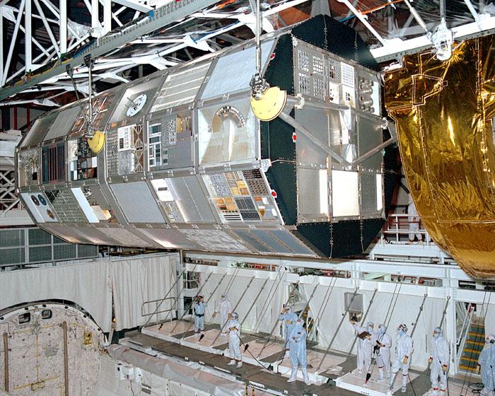 space shuttle columbia helmet - photo #19