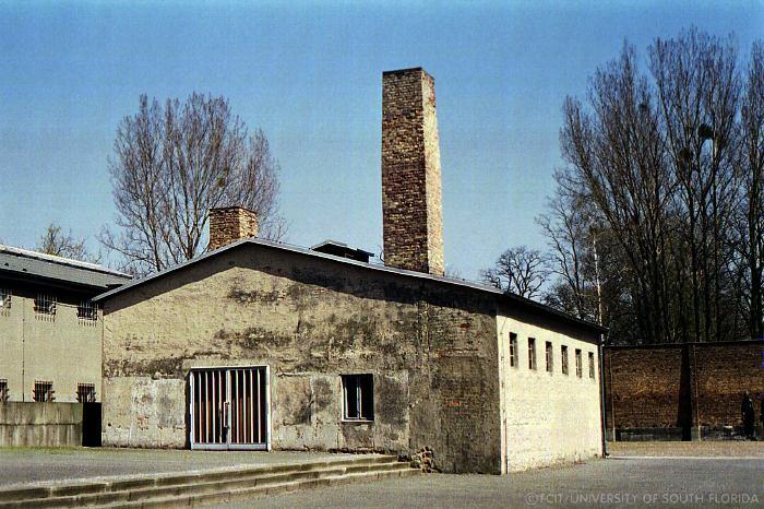 Rav >> Ravensbrück Women's Camp